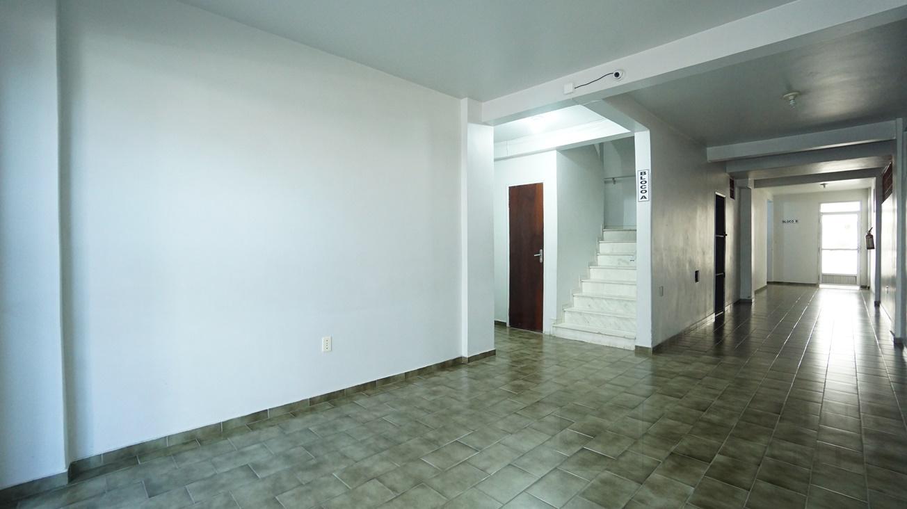 09 Hall