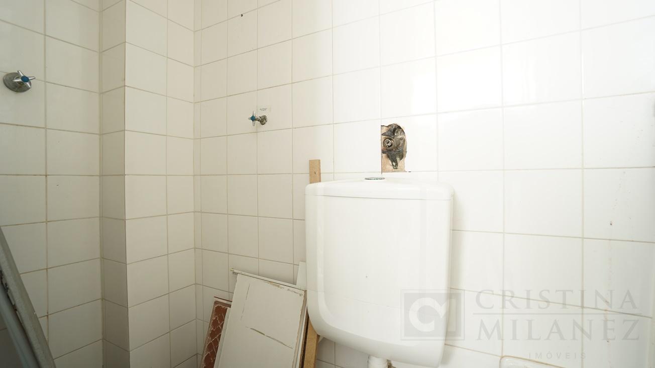 40 Banheiro de serviço