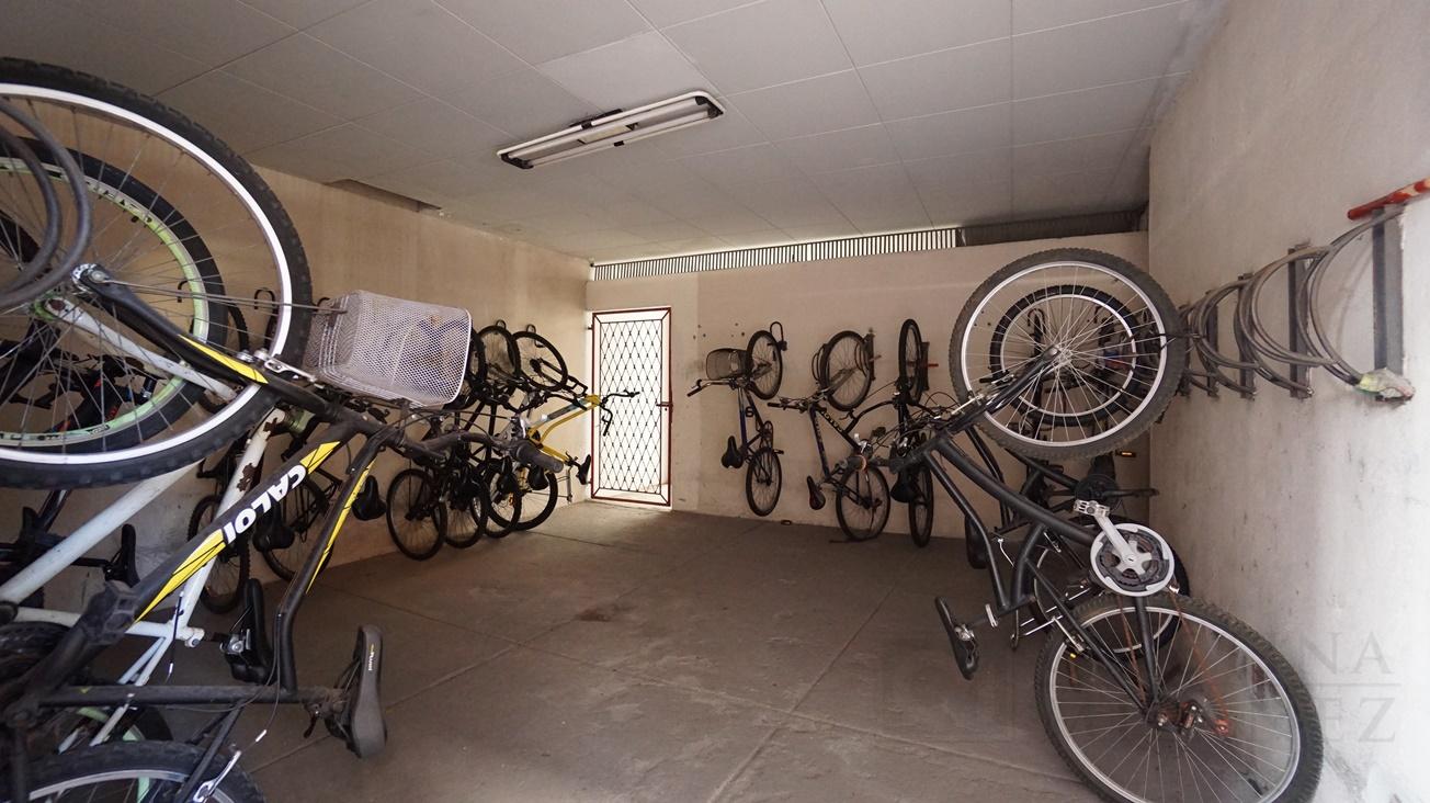 42 Bicicletário